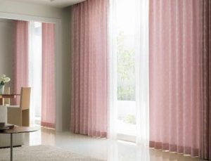【消臭機能カーテン】カーテンでペット臭を抑制!