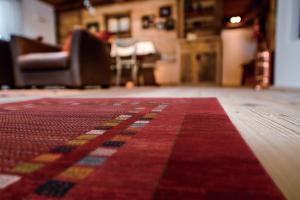 【絨毯】年に1度の銘品手織り絨毯展![シルクロードの遺産・手織絨毯展]のご案内。